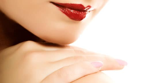 Hands,LIps,Living Body Beautiful Magazine